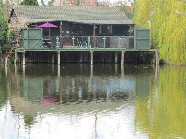 Swan Cabin 1
